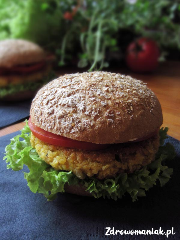 burgery z kaszy jaglanej i ciecierzycy